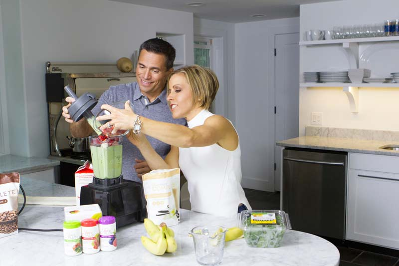 Craig and Jenny demonstrating the ideal breakfast components to fuel your day with maximum energy.
